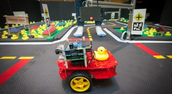 duck-selfdriving-car